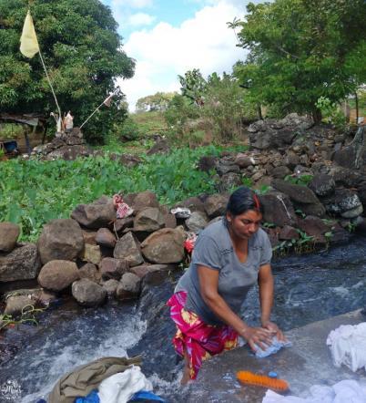 lavandière riviere ile maurice laver linge