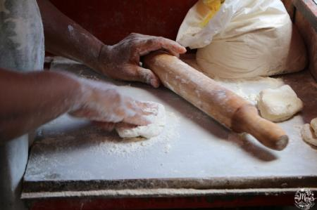 preparation roti street food port-louis maurice