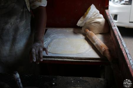 preparation roti street food port-louis cuisine indo-mauricienne